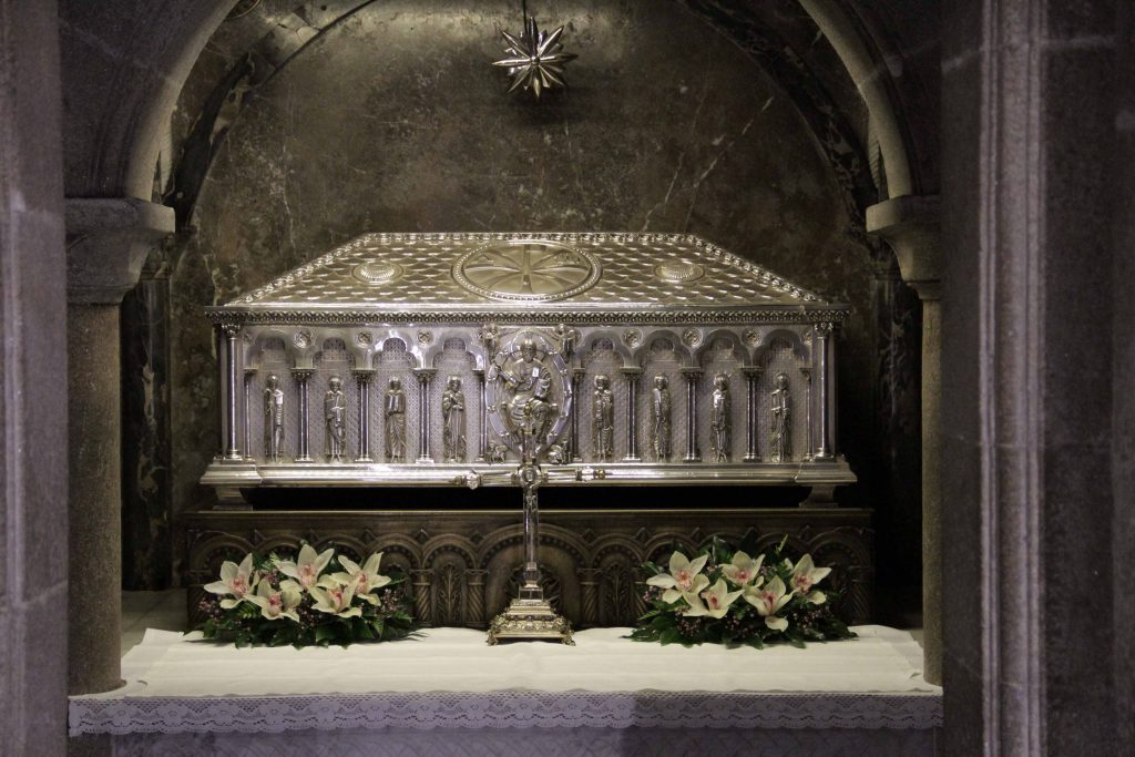 Urna restos del Apostol Santiago